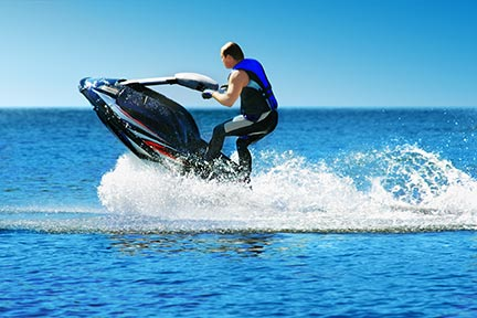 Many people like to do tricks on jet skis, however, these tricks often lead to injuries and boating accidents. Call an Irving boat accident attorney today to discuss your options.